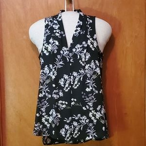 Vince Camuto Sleeveless Floral Blouse, sz S